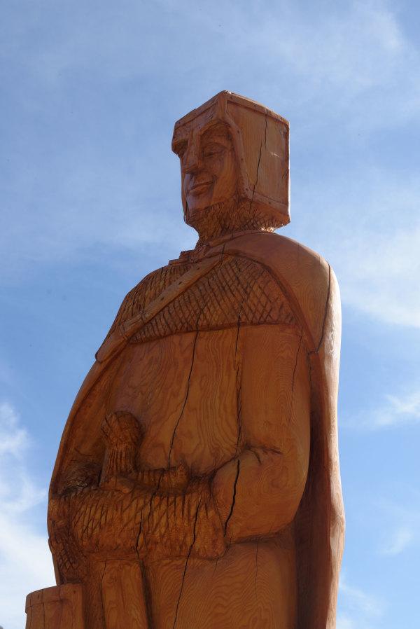 Tarn Statue Bois