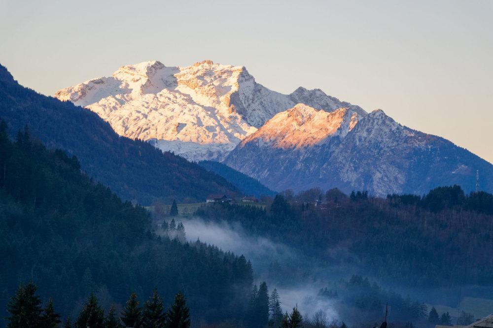 Paysage montagne Neige Matin