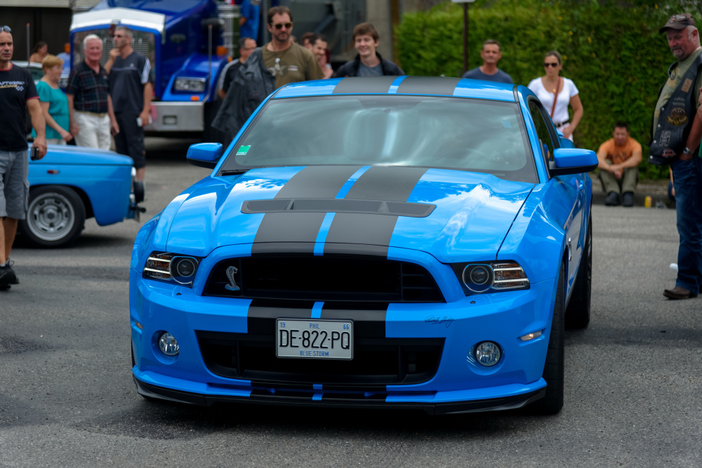 Automobile Ford Mustang Cobra