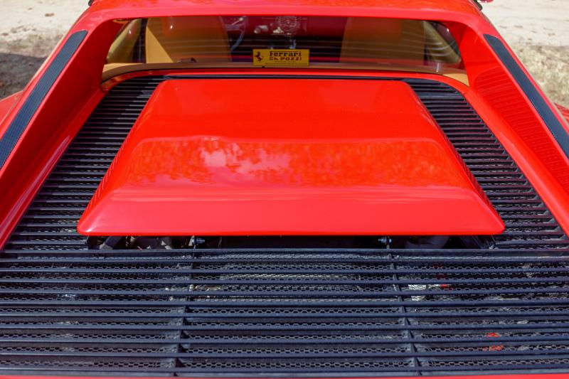 Automobile Ferrari Testarossa