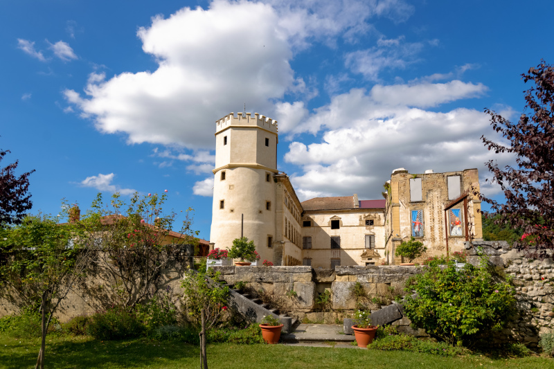 Chateau Isere Mur Architecture Castle Wall Paysage