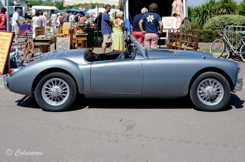 Automobile Manche MG Agon Coutainville