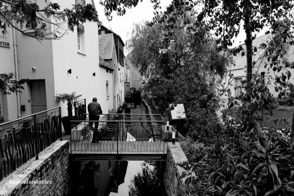 Paysage ville N&B Bayeux Calvados Riviere Pont