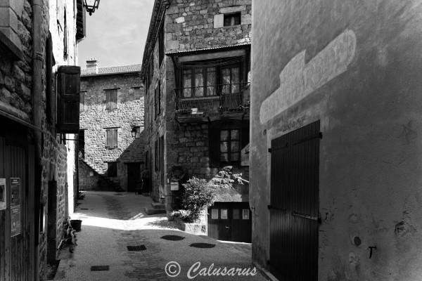 Ardeche Paysage N&B village