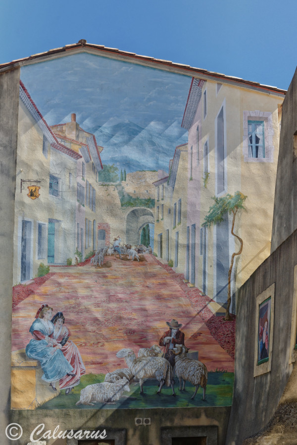 Beaux-arts fresque facade architecture Courthezon