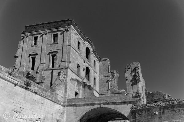 Arles Architecture Chateau Ruine N&B BnW