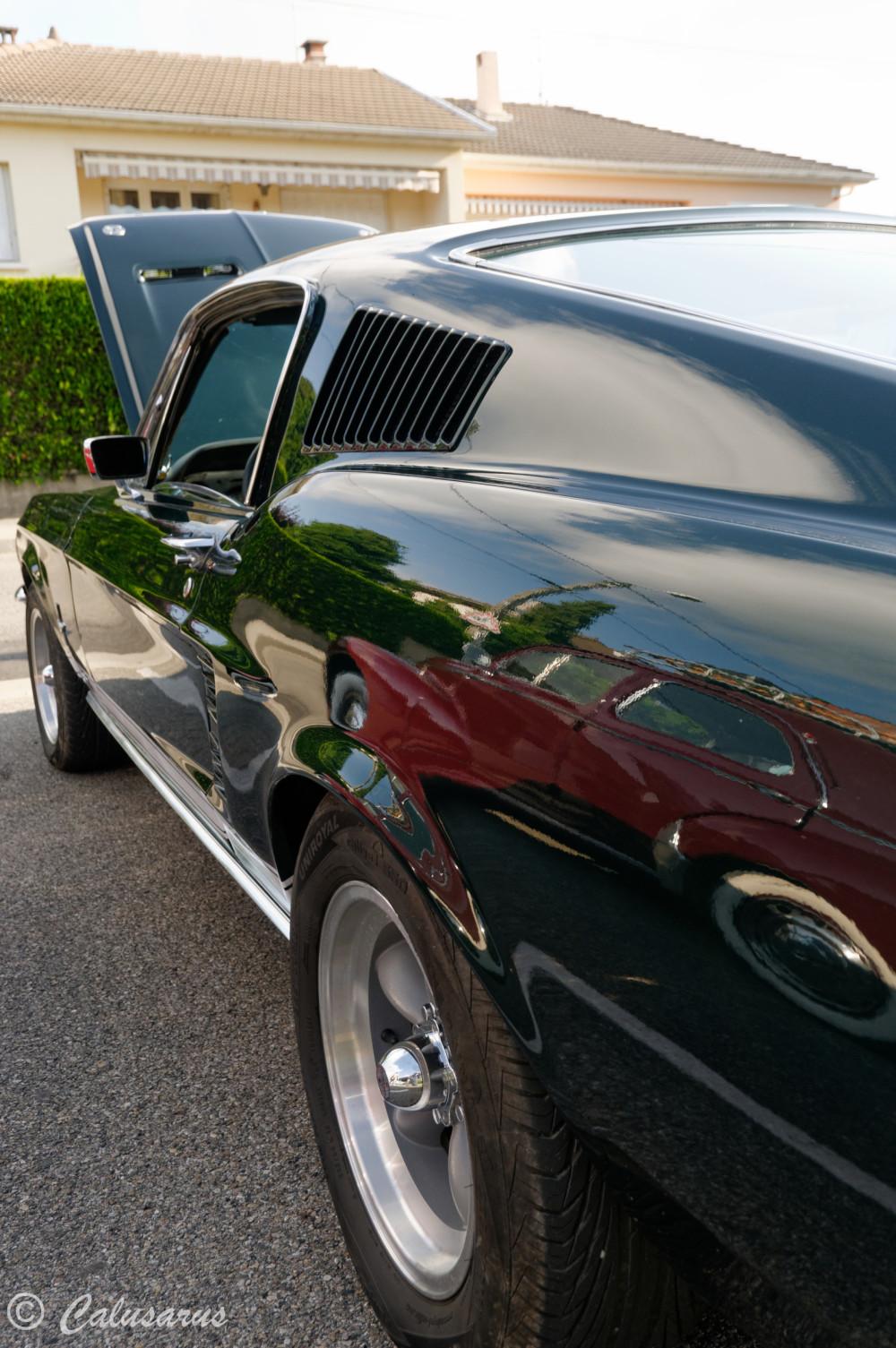 Drome 26 Bourg de Péage Ford Mustang Reflet Auto