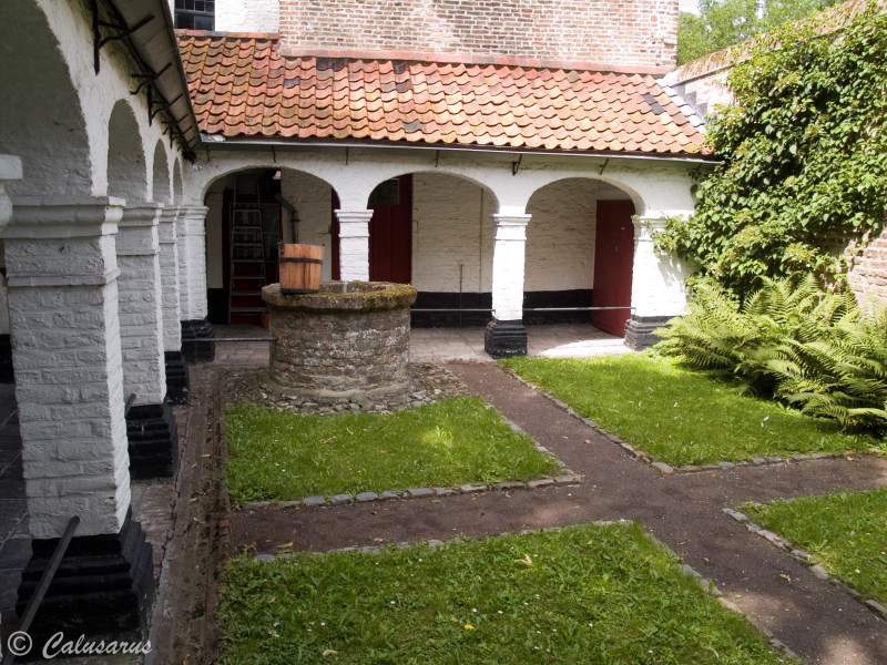 Bruges Belgique Jardin puits