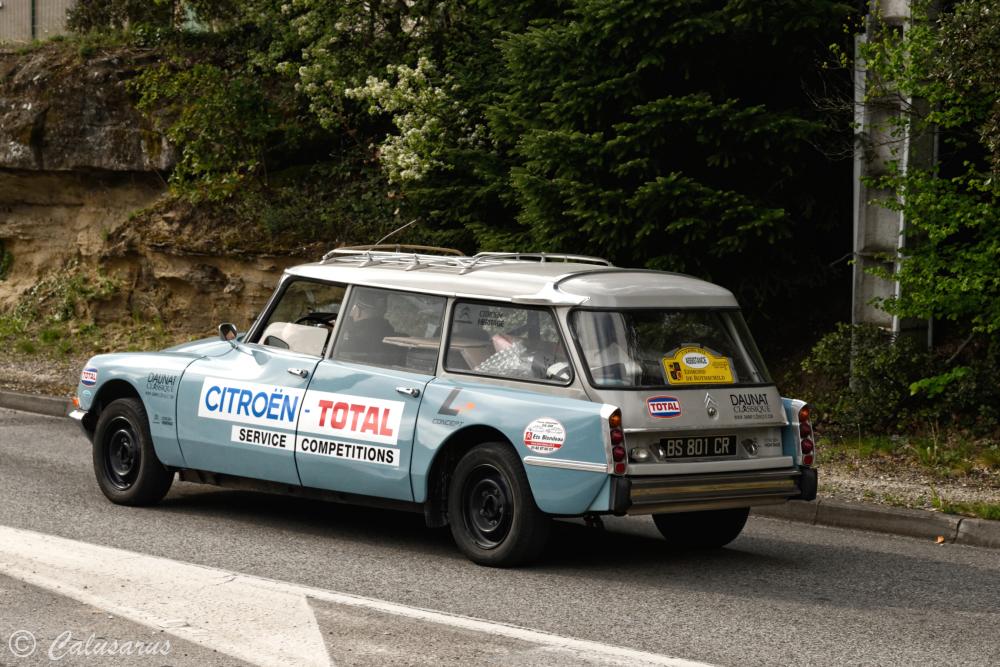 drome 26 Grignan Automobile DS Citroen