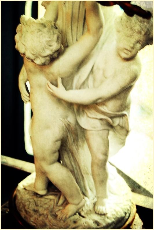Roman Sculpture Lamp Stand