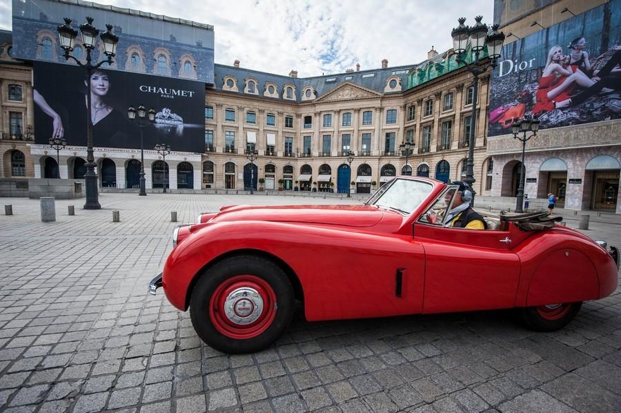 Ancienne. Place Vendôme.