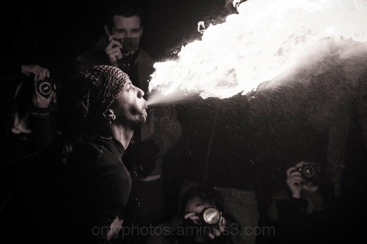 Les Photographes de la nuit du feu
