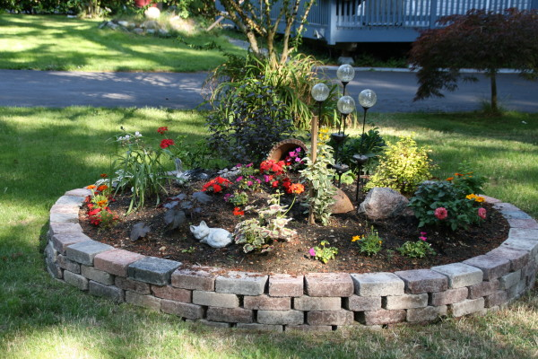 Cleo's Garden is growing