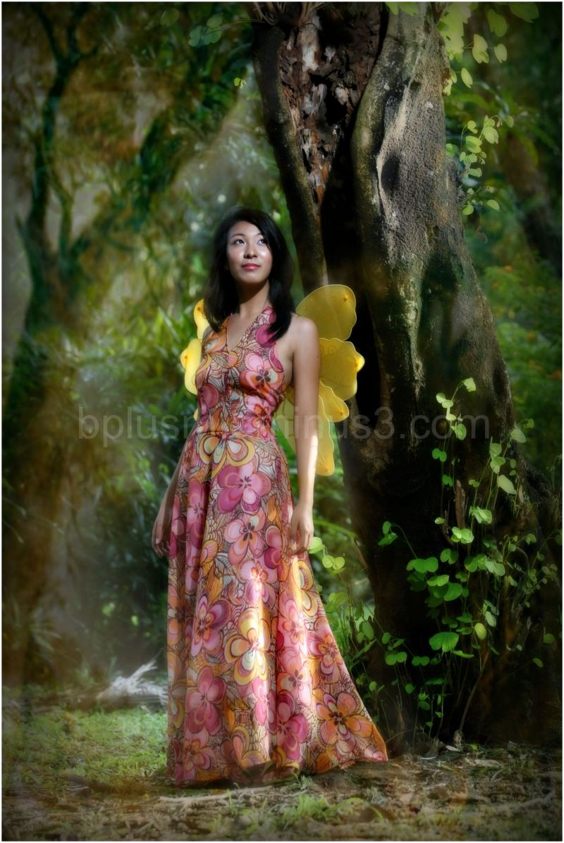 Tin's Pre-Debut pictorial in a village park