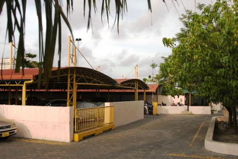 Villingili ferry terminal parking