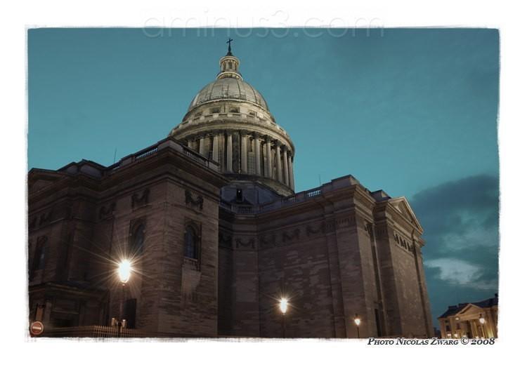 Back of the Pantheon, @ night. Paris, France.