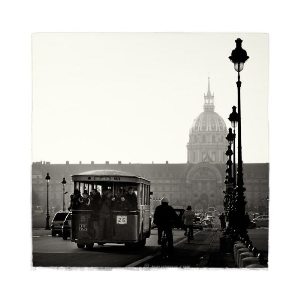 Old bus in Paris, Invalides.