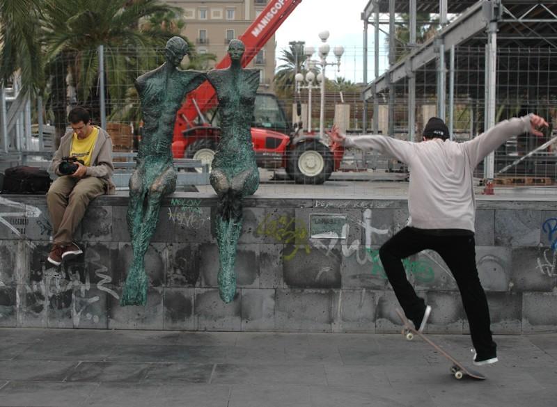 Barcelonetta Skateboard Sculpture