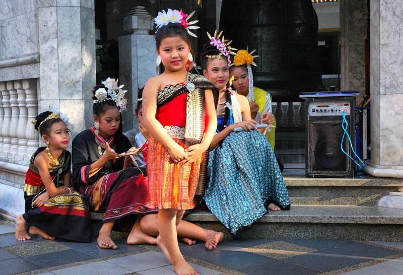 Dancers Doi Suthep Chiang Mai Thailand