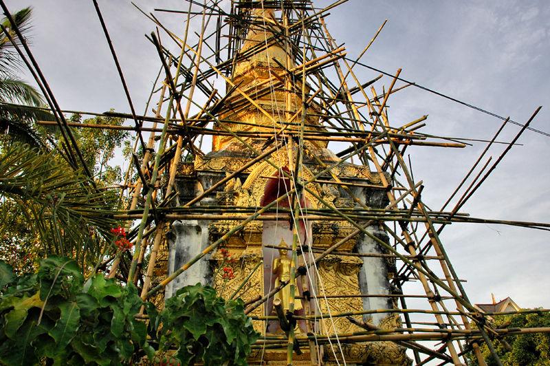 Stupa bamboo scaffolding Chiang Kong Thailand