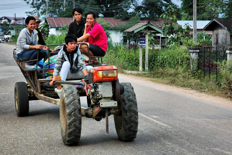 Farmers Vang Vieng Laos