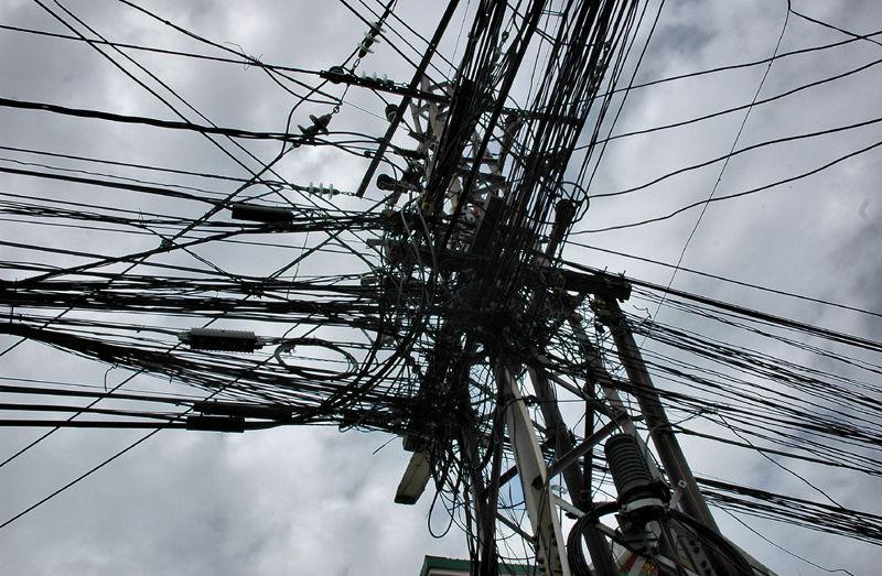 Wires Vientianne Laos