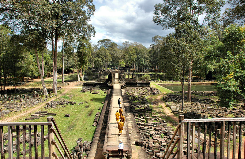 Causeway Angkor Temple Complex Cambodia