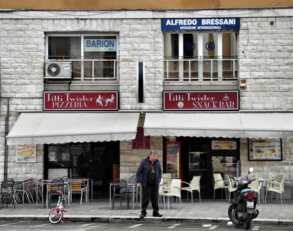 Bari Puglia Italy Pizza Place