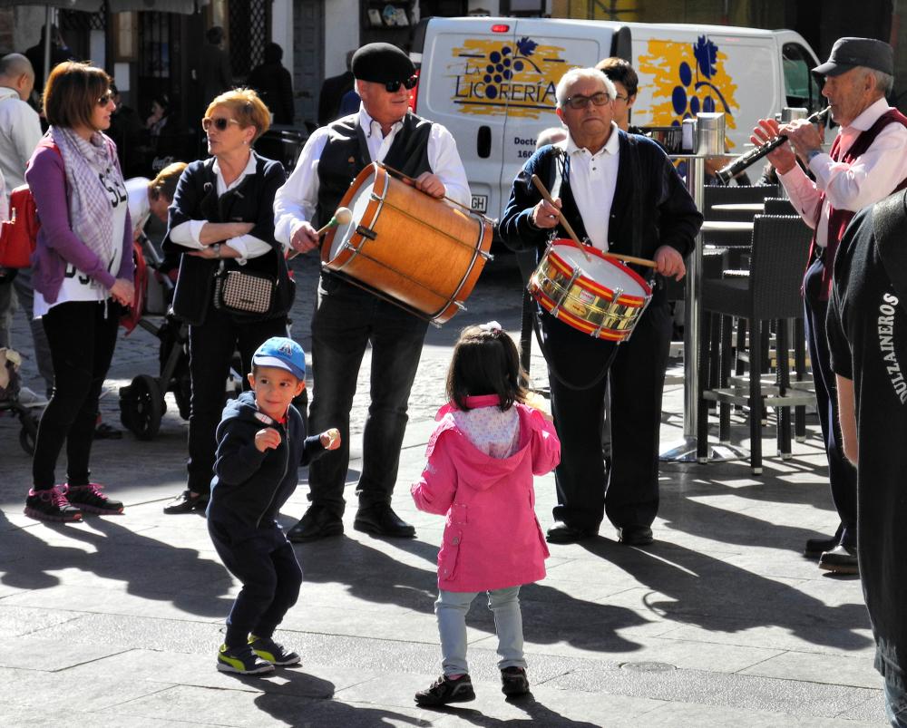 Cuenca Spain Dancers