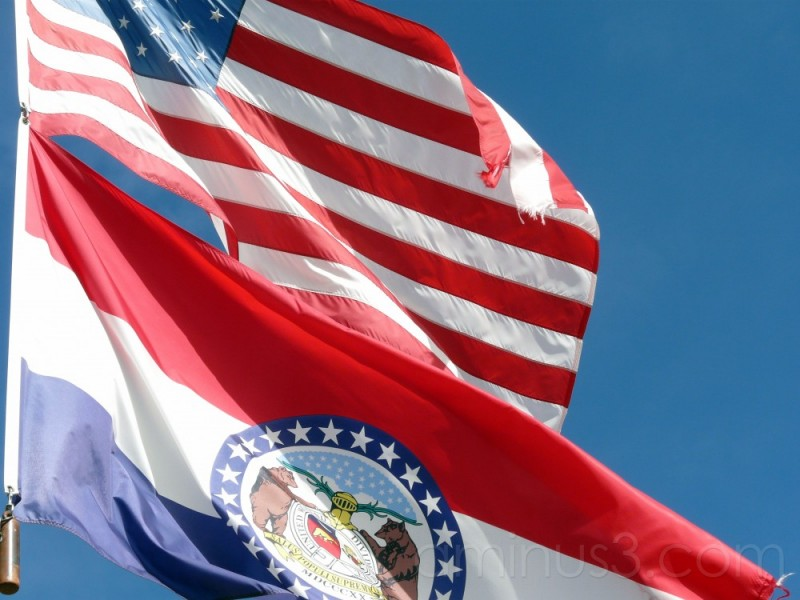 US and Missouri Flags