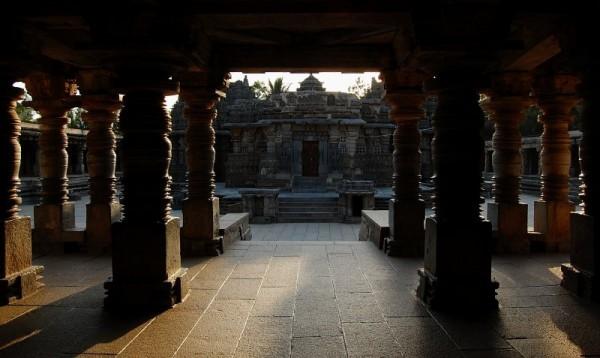 Somnathpur Temple entrance