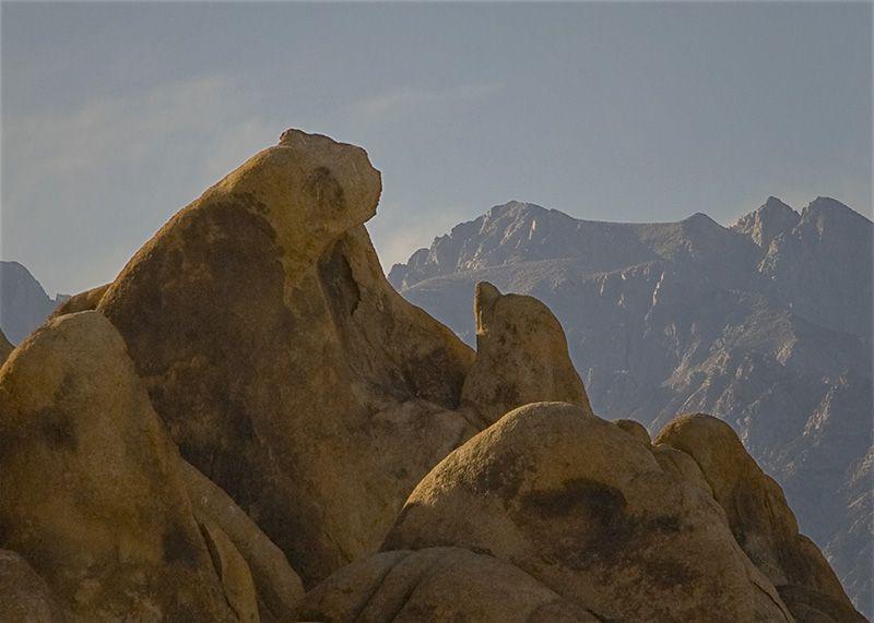 Alabama Hills Bear Rock