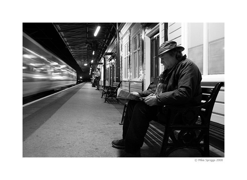 Lichfield Train Station 01