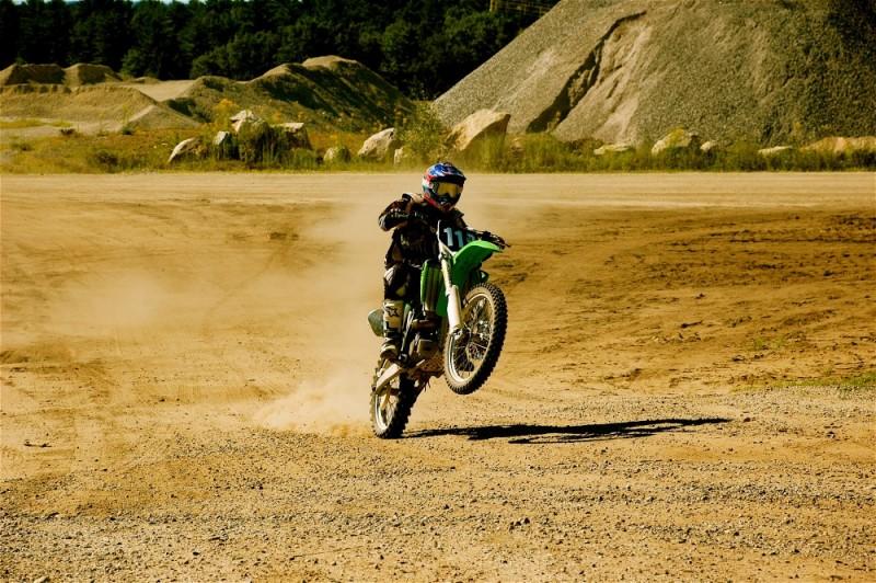 Moto Nut Racing