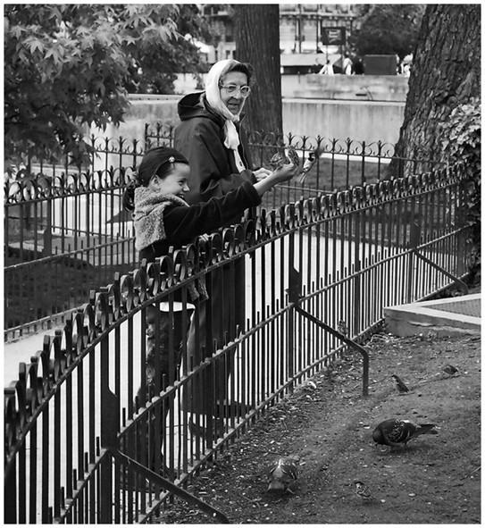 Grandmother and child, Paris
