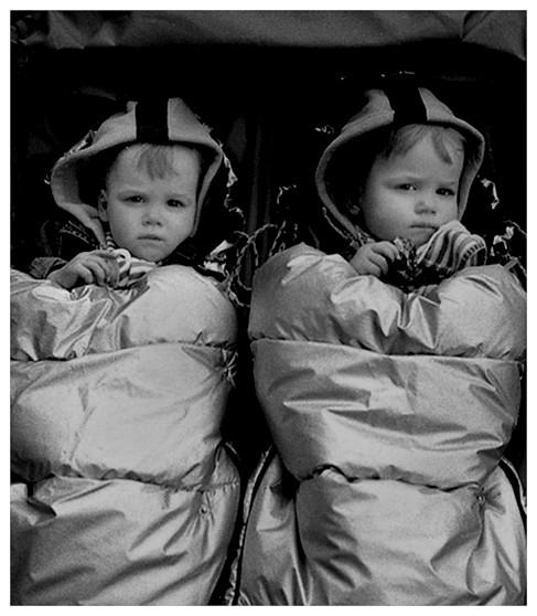 Retro twins