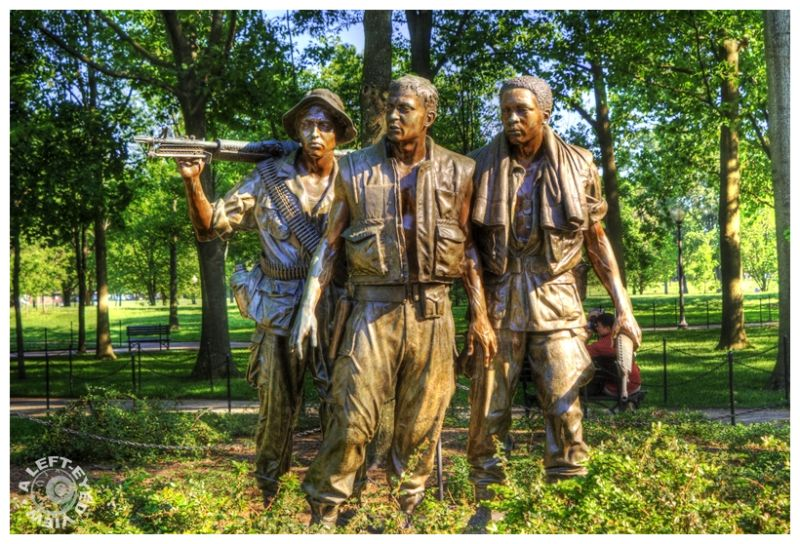 """Three Soldiers"", ""Vietnam Memorial"""