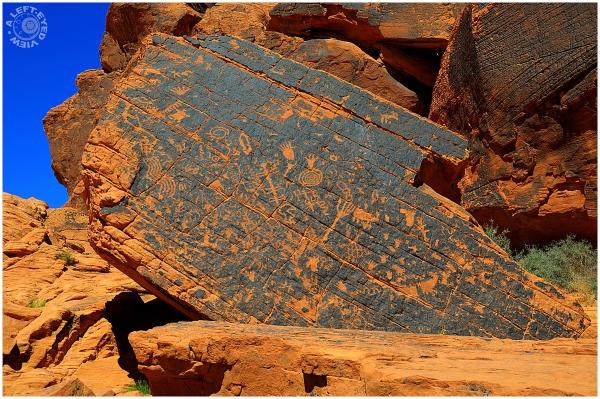 Desert Varnish, petroglyphs