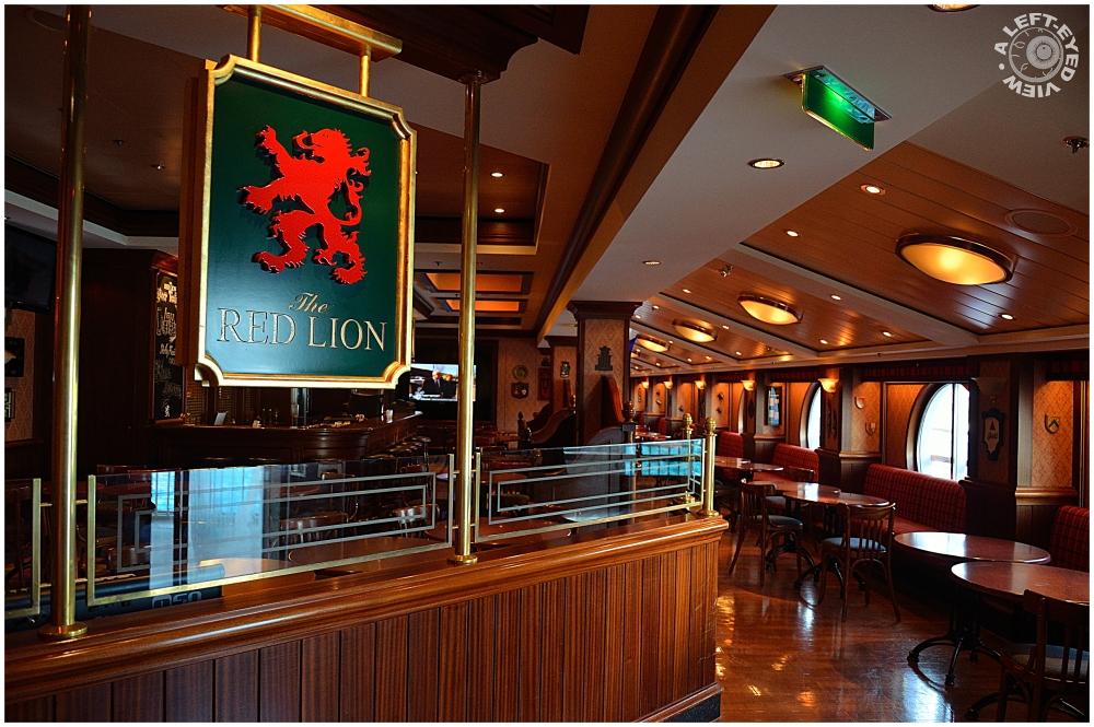 """""""Red Lion Pub"""""""