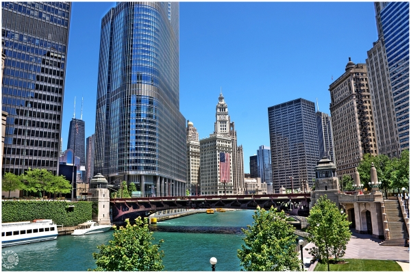 Wabash Avenue Bridge over Chicago River