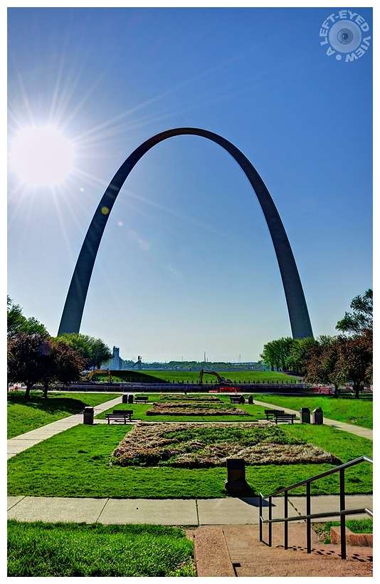 """A Left-Eyed View"", Sabourin, ""Gateway Arch"""