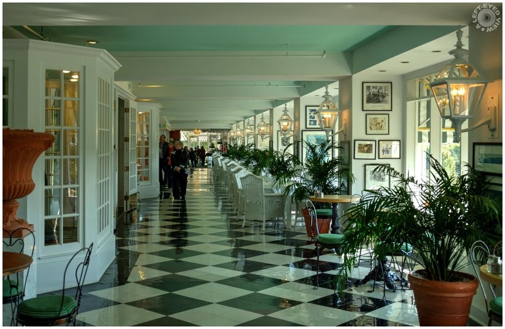 """""""Grand Hotel Esplanade"""","""