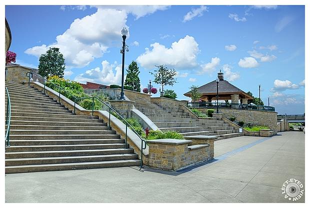 Dixon Riverfront Plaza