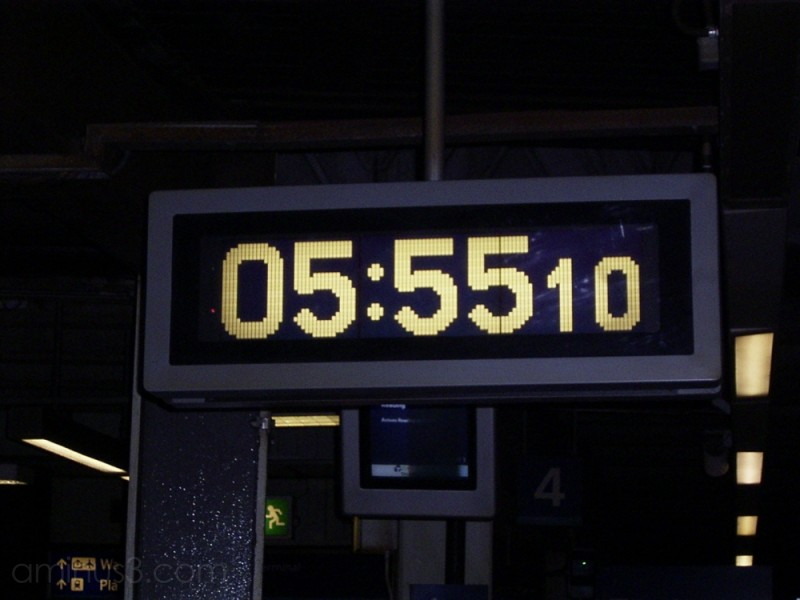 Clock at Gatwick Airport's Station
