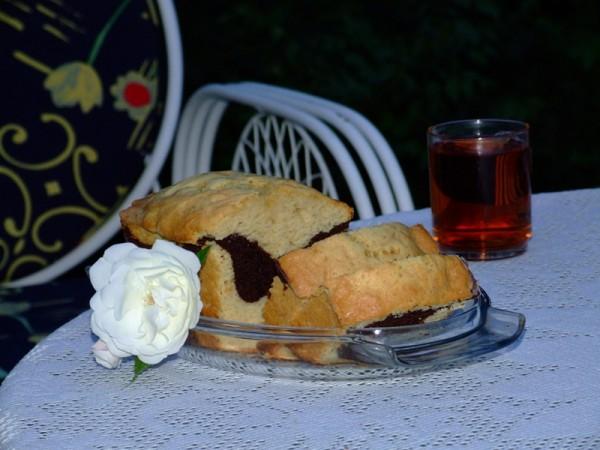 Rose . . . Cake . . . Tea . . .