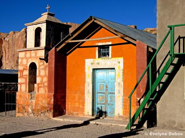 A petit village... petite chapelle...(Bolivia)