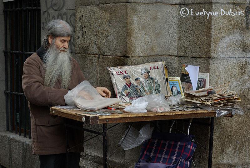 El Rastro, marché au puces de Madrid.