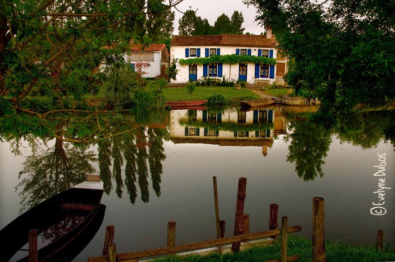La petite maison du marais.
