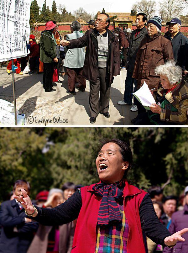 Chorale en plein air. (Chine)