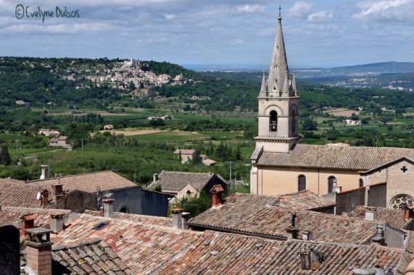 Les villages perchés.  (1)